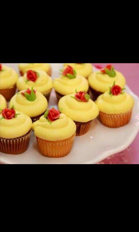 Bella & bestia cupcakes