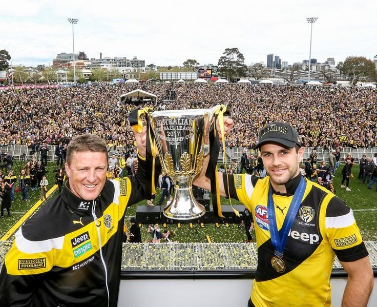 Dimma and Cotchin at Punt rd 2017 Premiers