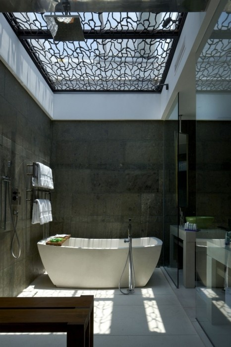 I love the skylight above the tub
