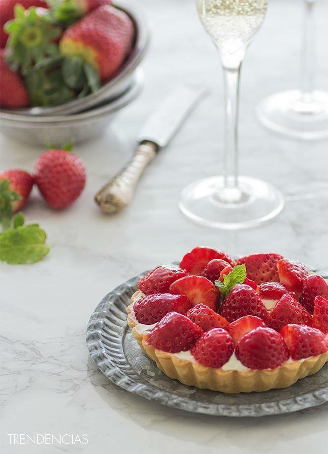 Receta de tartaletas de fresas con lemon curd. Receta con fotos del paso a paso y sugerencias de presentación. Trucos y consejos de...