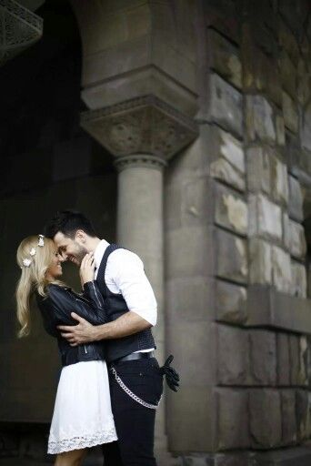 Urban prewedding photoshoot in Belgrade