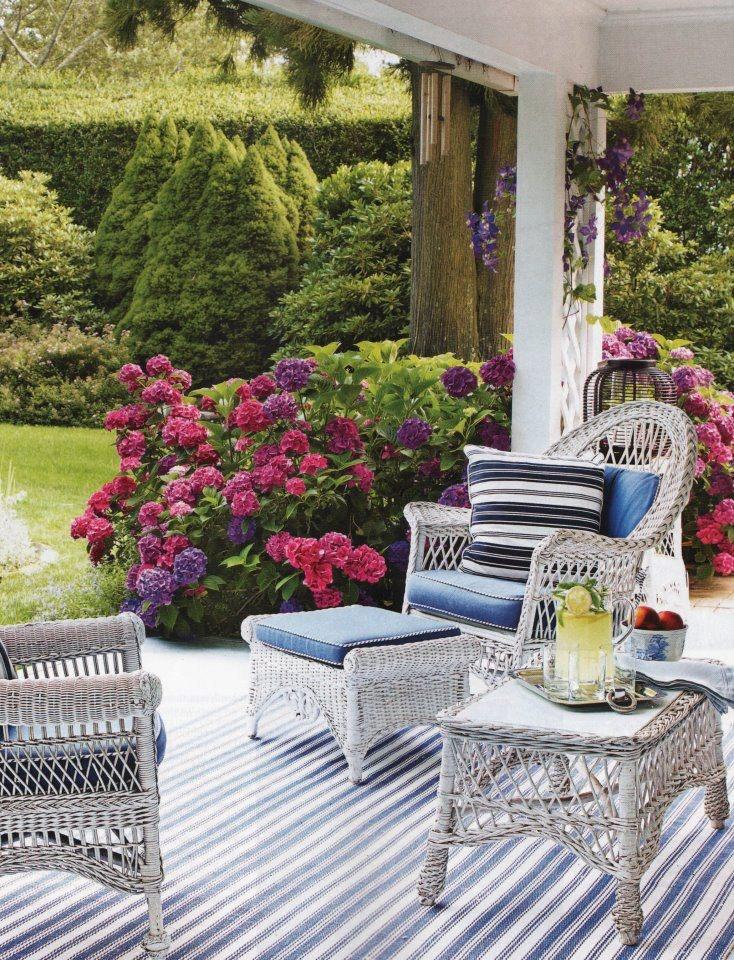 White French Garden Furniture