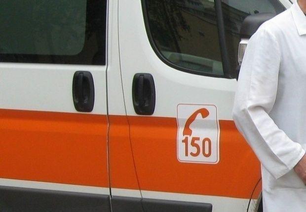 Мъж загина, а 7-годишно дете с опасност за живота след тежка катастрофа