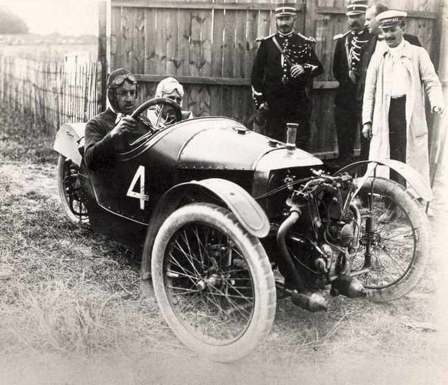 Die Geschichte Der Morgan Motor Company (the History Of The MMC)