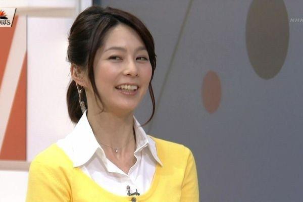 【エロ画像】NHK 杉浦友紀とかいうアナウンサーのおっぱいwwwの画像その34