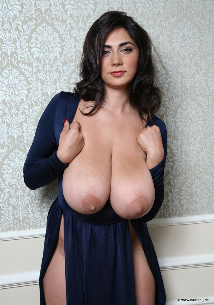 girls with huge natural tits