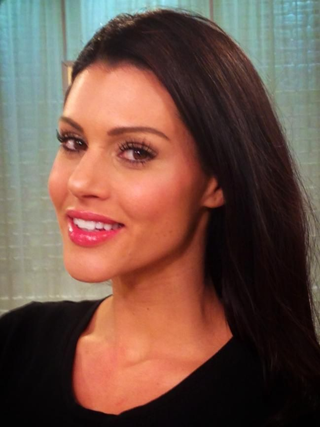 Our gorgeous @QVC model, Brooke, wearing only #Tightline! No mascara!