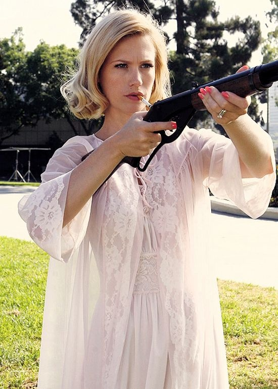 Mad Men's Betty ~ episode 'Shoot'