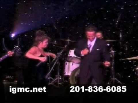 !BEST WEDDING Entertainment NYC MUSIC WEDDINGS Disco Hustle 70's Funk - http://bestnightclubsinnyc.com/2017/07/30/best-wedding-entertainment-nyc-music-weddings-disco-hustle-70s-funk/