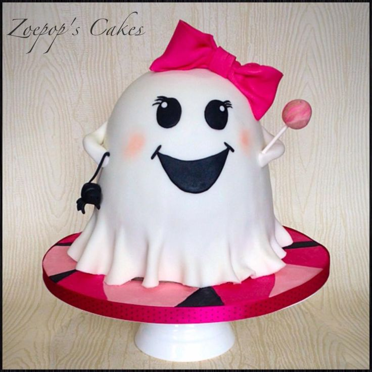 cake for a little girls Halloween themed fancy dress party -based on the design by Cuteology