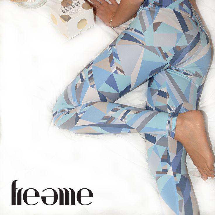 FREEME Blue Lagune Leggings www.freemeyoga.com