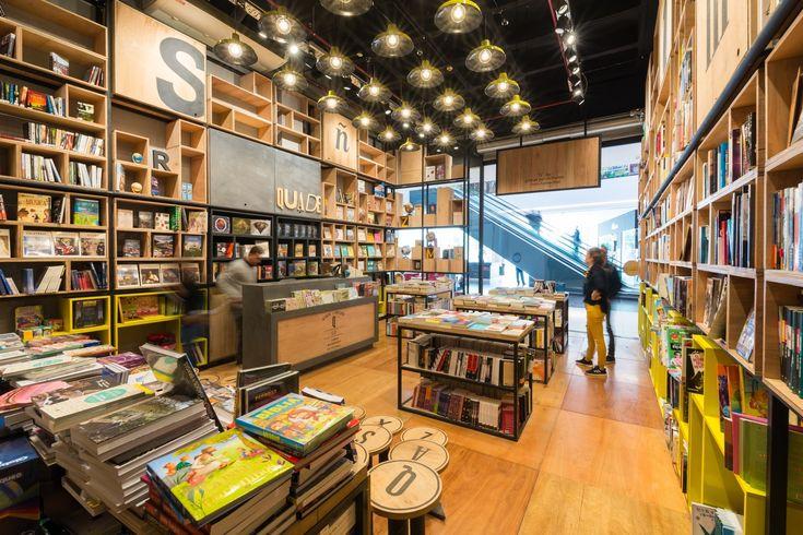 Galería de Librería Quede / Pablo Dellatorre + Estudio Montevideo - 15