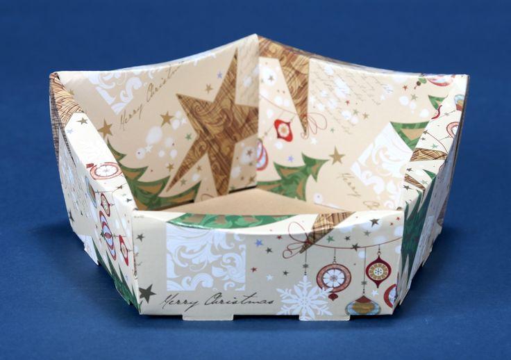 Kosze prezentowe z motywem świątecznym na Boże Narodzenie 8