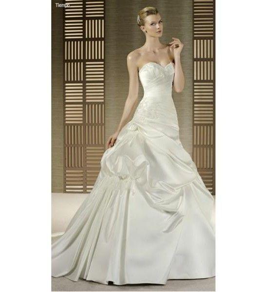 Svadobné šaty biele korzetové z lesklého saténu