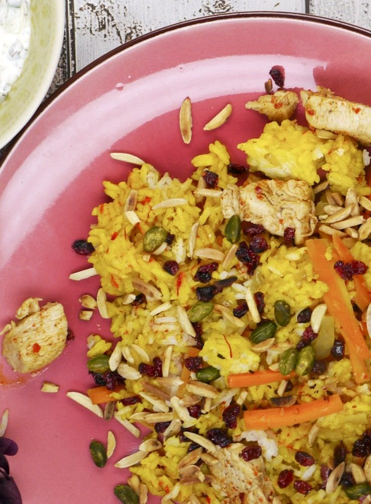 Sadri Reis Mit Kruste Berberitzen Hahnchen Und Safran Wie Ein Marchen Aus 1001 Nacht Rezepte Lebensmittel Essen Hahnchen