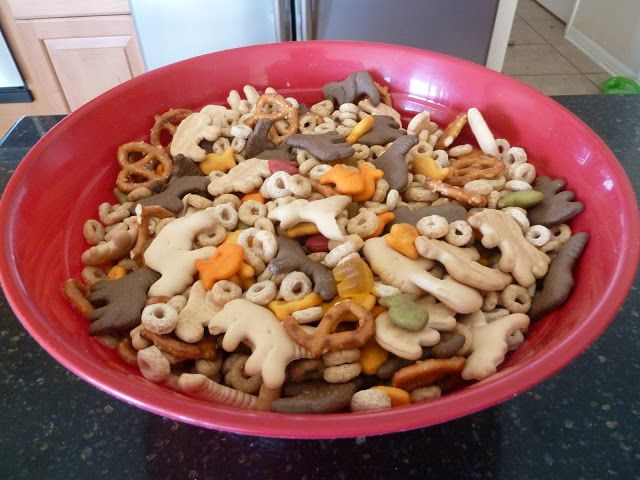 """I decided to have some fun while studying """"the zoo"""" by making a zoo-themed snack mix. (What's more fun than fun food?) I pinned a recipe on pinterest a couple of weeks ago that sounded interesting ..."""