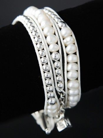 A stunning piece that is perfect for your wedding or formal occasion.