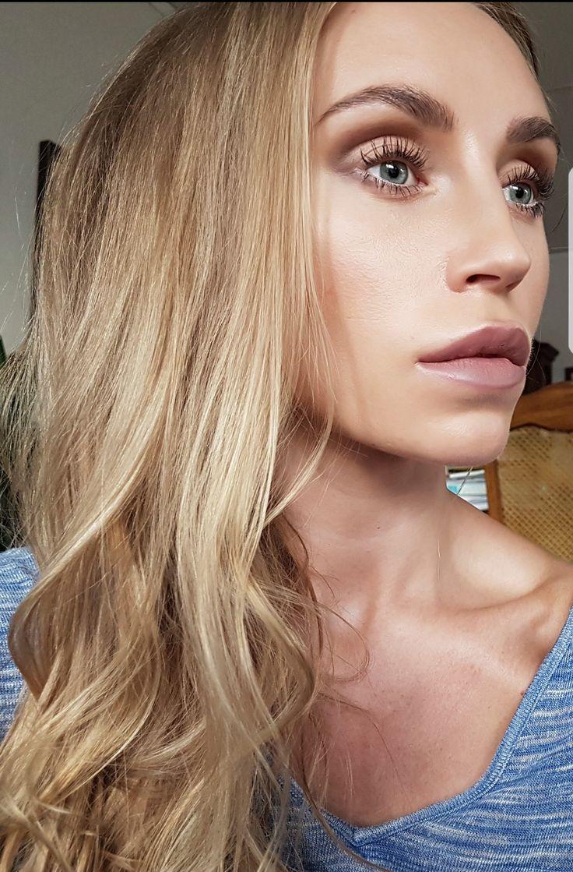 Sheer makeup - josieholmlund