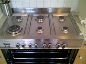 Professional Oven Cleaning Company in Bolton At Oven Cleaners North West pride ourselves in providing professional oven cleaning to Bolton and surrounding.