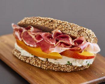 Pane Integrale, Speck, Robiola e Mango! #PaninoGourmet  Whole wheat bread, Speck, Robiola cheese and Mango!