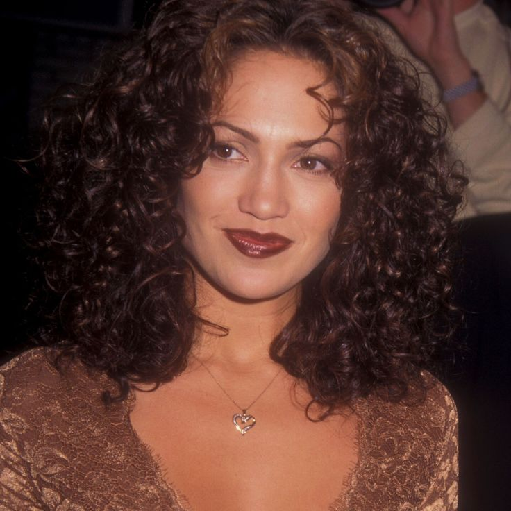 20 of the Most Embarrassing '90s Beauty Trends   Hair ...