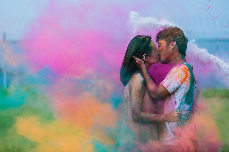 Holi or the Festival of Colours-inspired engagement session // The Color Engagement: Samuel and Jessica's Pre-Wedding Shoot