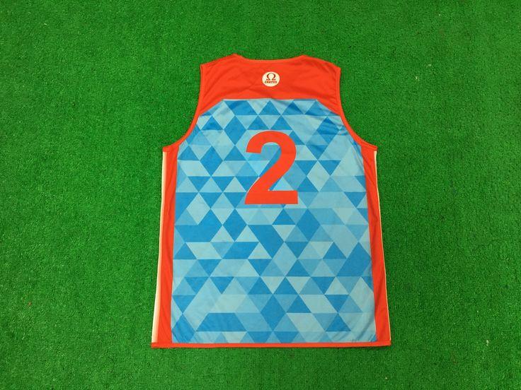 1.Code--YB1023  2.Name--reversible Basketball Vest  3.Salesmen--Elaine Zhou        4.Email--r@healong.com;