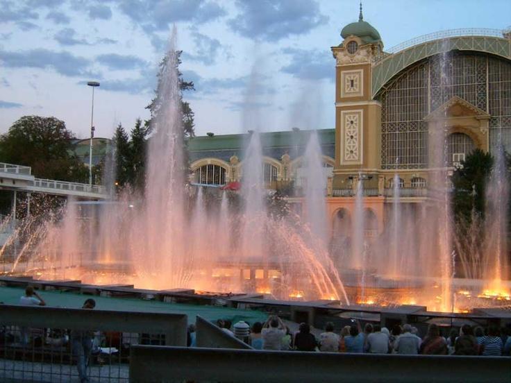 Česko, Praha - Křížikova fontána