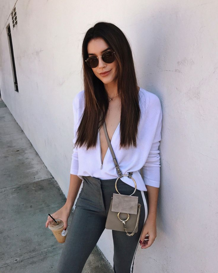 My Mini Bag Obsession: Top 5 Favorites https://www.thriftsandthreads.com/my-mini-bag-obsession/?utm_campaign=coschedule&utm_source=pinterest&utm_medium=Thrifts%20and%20Threads&utm_content=My%20Mini%20Bag%20Obsession%3A%20Top%205%20Favorites