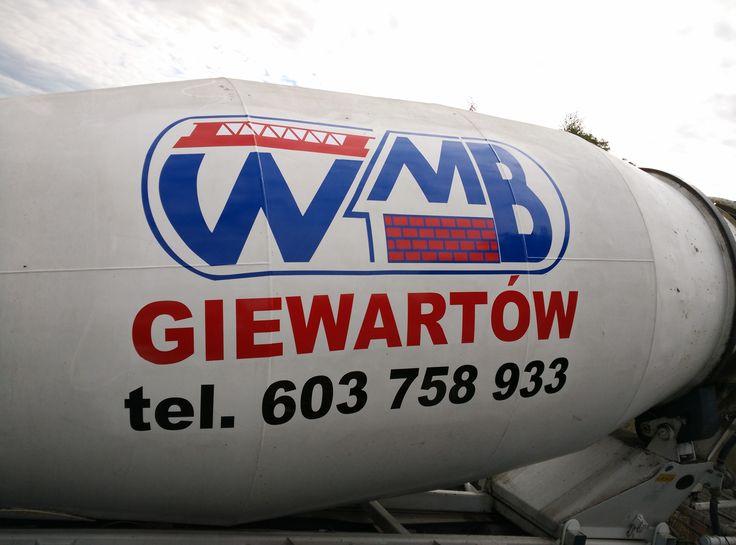 Wyklejanie maszyn budowlanych Agencja reklamowa b6 - reklama Konin Września i Słupca www.b-6.pl #reklama #inspiracje