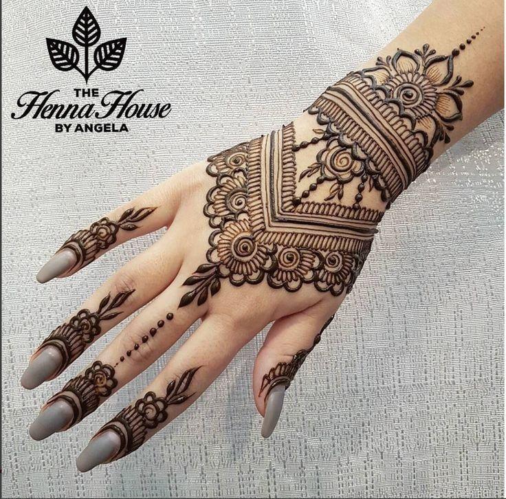 die besten 25 henna tattoos hand ideen auf pinterest henna hand design henna t towierung und. Black Bedroom Furniture Sets. Home Design Ideas