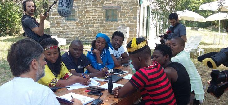 Si comincia! http://www.ilteatrofabene.it/si-comincia/ #diaridiviaggio #jacopofo #mozambico #salute #teatro