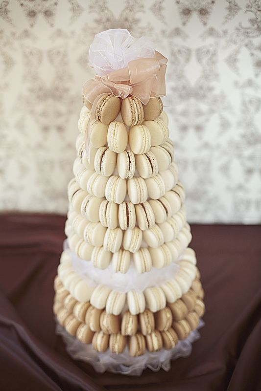 ..wedding cake in colors of coffee..