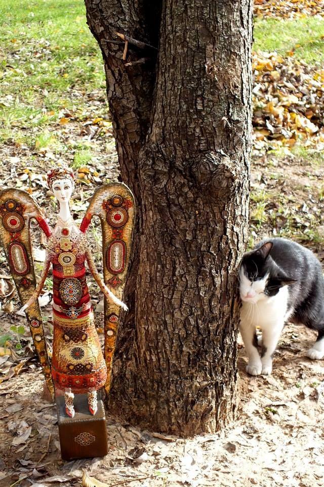 Румянцева Светлана АНГЕЛ  флюмо бисер камни 30 см и кошка:)))