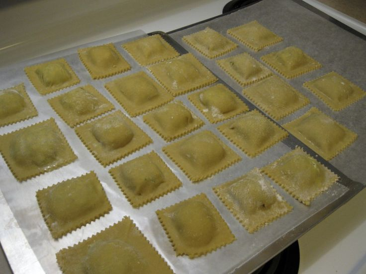 Gluten-Free Ravioli with Spinach, Mushroom, and Cheese