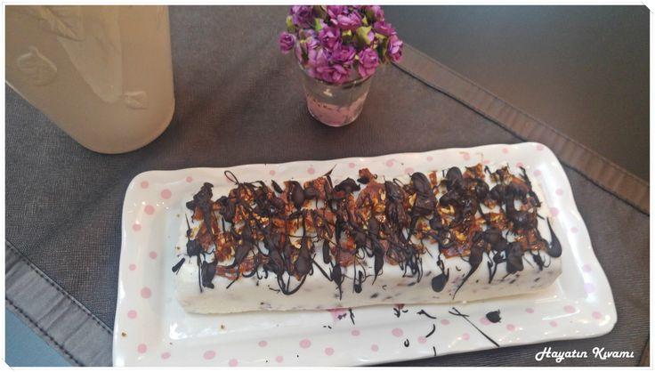 krokanlı parfe: http://hayatinkivami.blogspot.com.tr/2017/08/krokanli-parfe.html