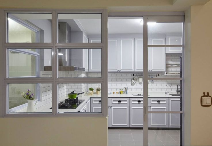 8 Ways to do a Semi-Open Kitchen in your HDB: Not a fan of black? Go for white frames instead. They are fresh and modern, and recommended for country style kitchens rocking the farmhouse vibe or even Scandinavian themed homes.