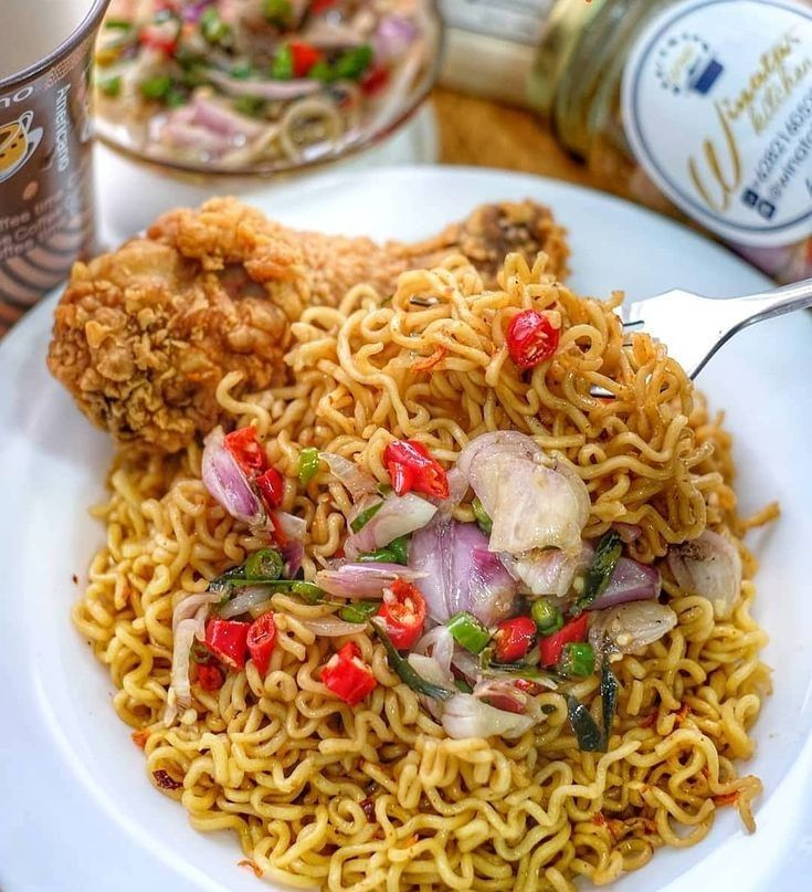 Indomie With Onion Garlic Chili And Many More Recipes Makanan Ayam Goreng