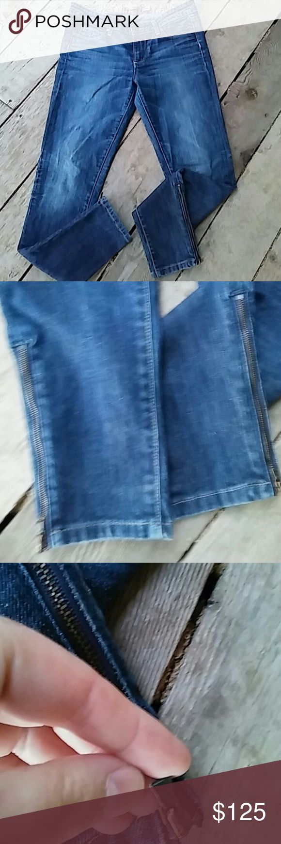 Paige Premium Denim Skyline Skinny Paige Premium Denim Skyline Skinny Has a zipper on each ankle On of the zipper broke in half (pictured) They both still zip Size 28 Paige Jeans Jeans Skinny