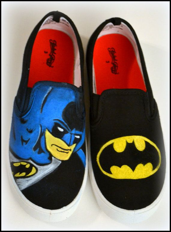 Batman Shoes for Boys are perfect XMAS gifts from PricklyPaw #Batman #HolidayHeadquarters #Promofrenzy