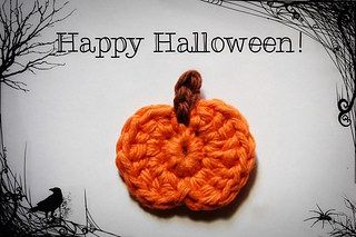 Tiny Pumpkin Applique free crochet pattern - 10 Free Crochet Pumpkin Patterns