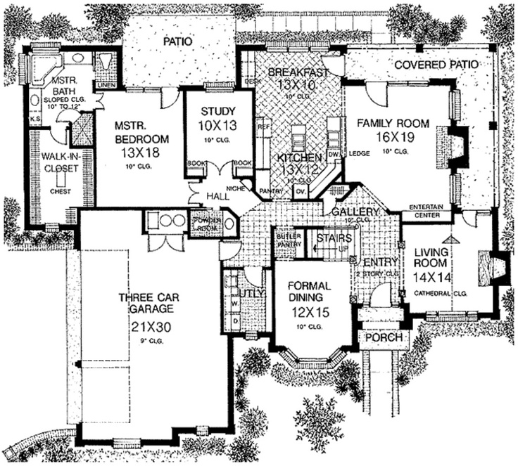 House plan master on garage side house plans pinterest for House plans with garage on side