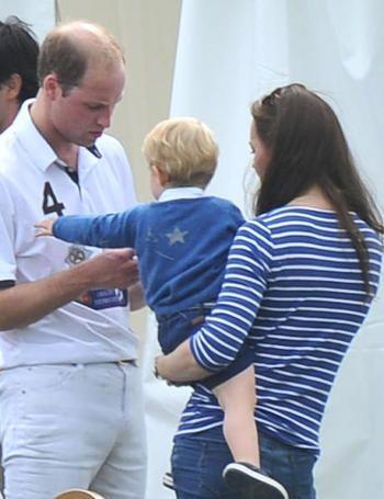 Kate Midddleton y el principe Jorge en un partido de Polo en el Club de Polo de Beaufort