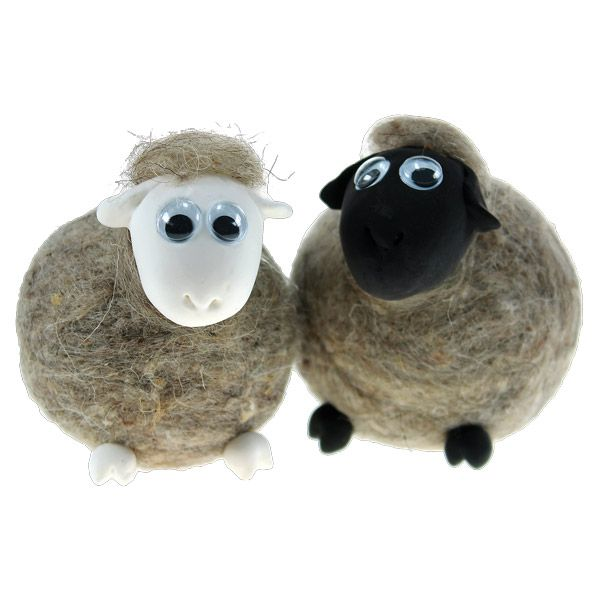 Styrox-pallojen päälle huovutetut lampaat. Päät ja sorkat silkkimassaa. Tarvikkeet ja ideat Sinellistä!
