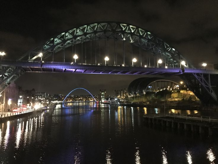 Newcastle @ night...beautiful bridges over the River Tyne ❤️