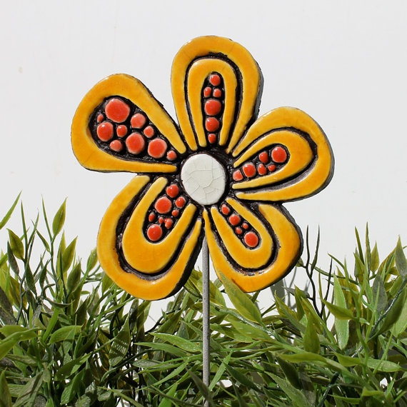 Abstract garden decor  flower art  garden art  lawn by TORIART, €17.00