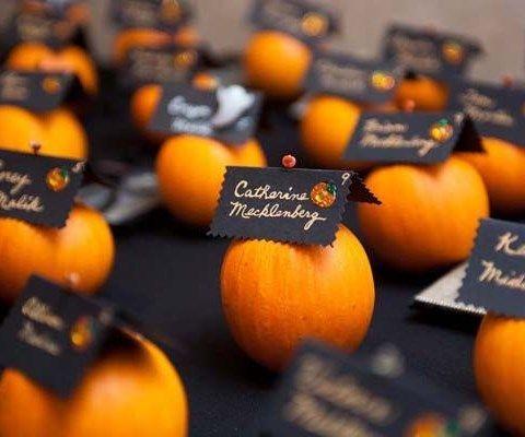 33 scary but stylish halloween wedding favors happyweddcom - Halloween Wedding Table Decorations