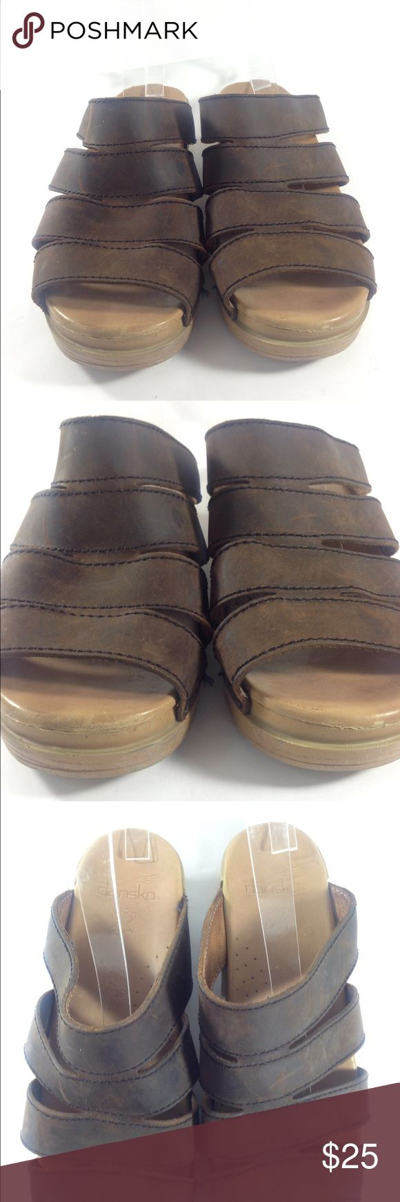 Dansko Brown Strappy Sandals Size 39 Up for sale is this classic pair of Dansko Slip On Sandals Women's US Size 9 Eur 39. A nice comfort basic for an evening BBQ this summer!   CONDITION: Good used condition. Some scuffing throughout. Dansko Shoes Sandals