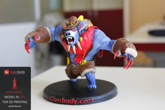 Ursa Stalker 3D printed figurine painted in acrylic paints. #3dprinting