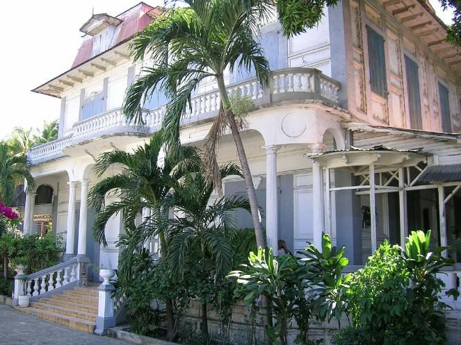 Haiti, Jacmel is known for its 19th century colonial houses, which were inhabited by wealthy coffee merchants, still preserving all their charms of yesteryear. The city of New Orleans was designed after Jacmel.